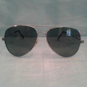 💥🛫 Aviator-style Silvertone Sunglasses ✈️